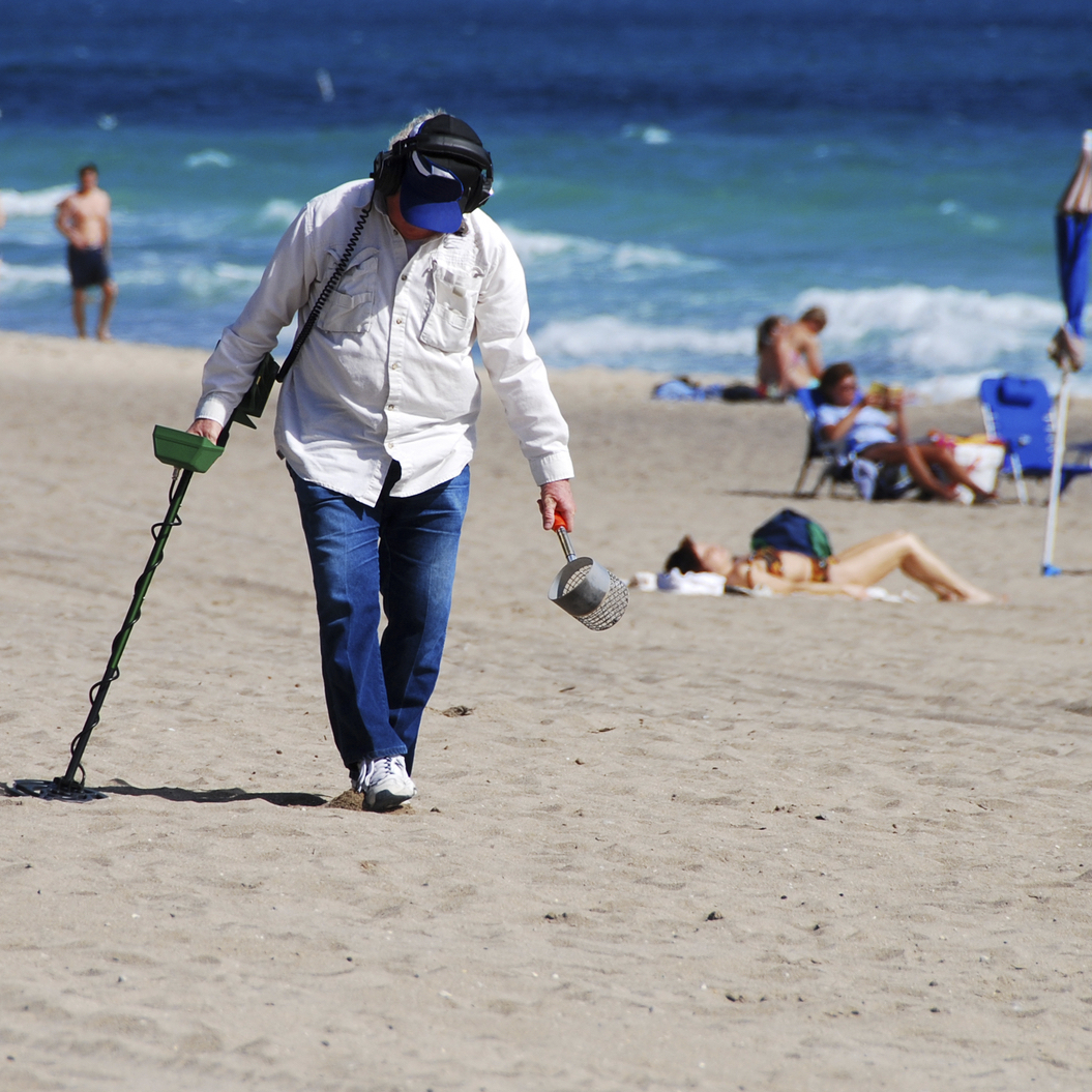 5 Ways To Optimize Metal Detector Apps Fun Findcoins At The Beach