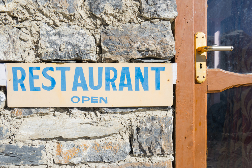 Opening a restaurant without breaking the bank