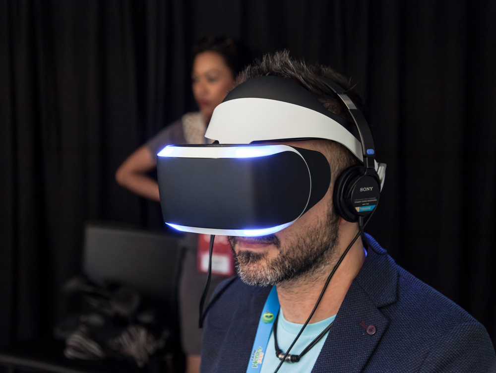 The Impact of Virtual Reality on the Business World - businessnewsdaily.com