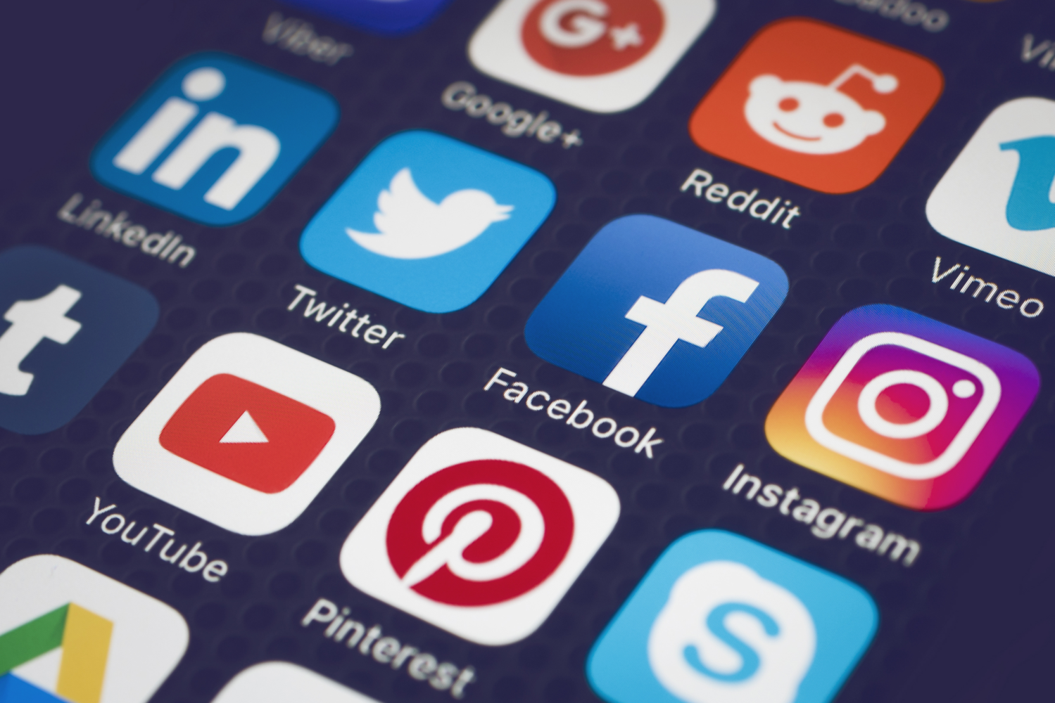 Low-Cost Ways to Boost Your Social Media Marketing